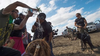 Journalist Amy Goodman Shouldn't Be Arrested for Covering Dakota Pipeline Story