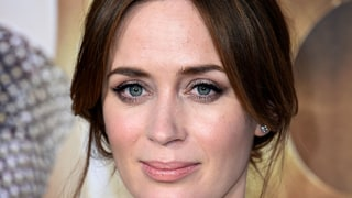 Recreate Emily Blunt's Simple but Gorgeous Red Carpet Hair, Makeup