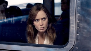 'The Girl on the Train' Review: Unlike the Novel, Emily Blunt's Thriller Is 'Devoid of Suspense'