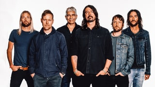 Review: Foo Fighters Bring Heartfelt Thunder With Help From Some Very Special Friends