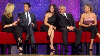 'Friends' Reunion Trailer: See David Schwimmer, Lisa Kudrow, Jennifer Aniston, Matt LeBlanc and Courteney Cox on Stage   =