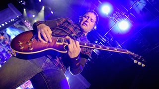 Matt Roberts, Original 3 Doors Down Guitarist, Dead at 38