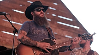 See Cody Jinks' Brooding Live Performance of 'I'm Not the Devil'