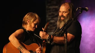 Steve Earle and Shawn Colvin Talk Joint Album, Rehab Shorthand and Trump