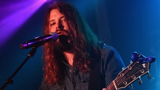 Hear Brent Cobb's Swampy New Song 'Black Crow'