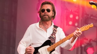 Ronnie Dunn Covers Ariana Grande, Sings With Reba on New 'Tattooed Heart'