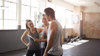 Is It Ever Ok to Hit on a Woman at the Gym? Yes, Here's How.