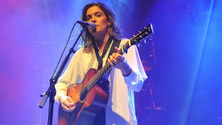 See Brandi Carlile's Gutsy Cover of Dolly Parton's 'Jolene'