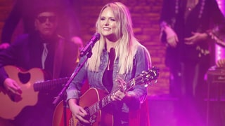 See Miranda Lambert's Playful 'We Should Be Friends' on 'Seth Meyers'