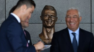 8 Worst Statues of Sports Legends