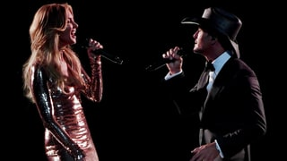 See Tim McGraw, Faith Hill Sing Aretha Franklin, George Michael Duet