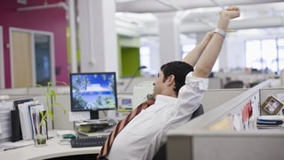 The One Mobility Workout For Everyone Who Works at a Desk