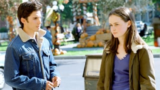 Milo Ventimiglia Teases 'Gilmore Girls' Revival, Rory's Romances: 'What's a Girl to Do?'