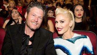Gwen Stefani Adorably Photobombs Blake Shelton and Her Brother's Selfie