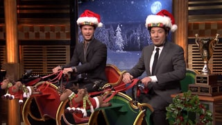 Chris Hemsworth Gets Lost During Santa Sleigh Race With Jimmy Fallon: Watch!