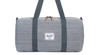 Our Favorite Weekender Bag from Herschel Is On Sale Right Now