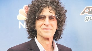 "Howard Stern Apologizes to Adam Sandler for Being a ""Huge A‑‑hole"""