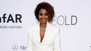 Pregnant Janet Jackson Is 'on Bed Rest'