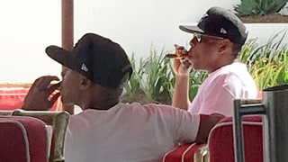 Jay Z Looks Relaxed Smoking a Cigar in First Photo Since Controversy Over Beyonce's 'Lemonade'
