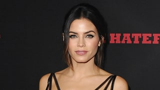 Jenna Dewan Tatum and Daughter Everly Dress Up as Mermaids: Photo