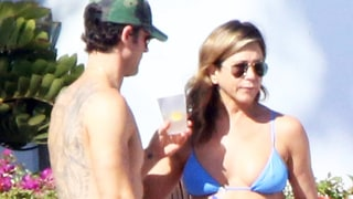 Jennifer Aniston Sizzles in Blue Bikini on 48th Birthday Trip With Justin Theroux: Photos