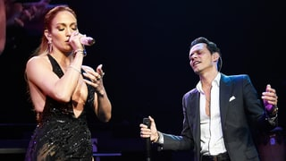 Jennifer Lopez Joins Ex Marc Anthony on Stage at New York Concert