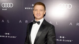 Jeremy Renner Looks Handsome and Dapper in a Sleek Black Tux at Toronto International Film Festival