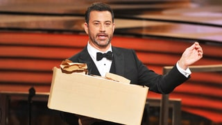 Jimmy Kimmel, 'Stranger Things' Kids Hand Out Peanut Butter and Jelly Sandwiches at Emmys 2016
