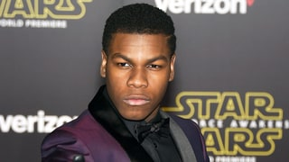 Why Did John Boyega Wear Only One Glove to the Star Wars Premiere?