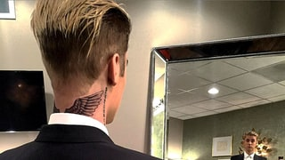 Justin Bieber Covers Neck With Giant New Wings Tattoo: See the Ink!
