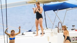 Amy Schumer Had the Best Vacation With Kate Hudson and Goldie Hawn: Photos