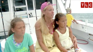 Kate Gosselin's Son Aaden Gets Seasick Despite Her Advice on Kate Plus 8: Watch