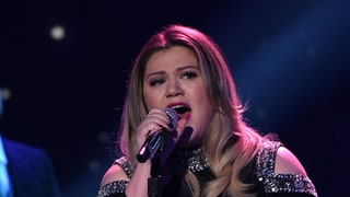 Kelly Clarkson Brings Everyone to Tears With Amazing 'American Idol' Performance