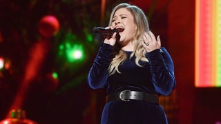 Kelly Clarkson, More Country Stars Serve Up Holiday Style Early
