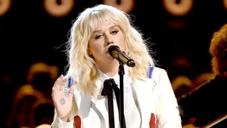 Kesha Gives a Moving Performance at the 2016 'Billboard' Music Awards After Dr. Luke Ban
