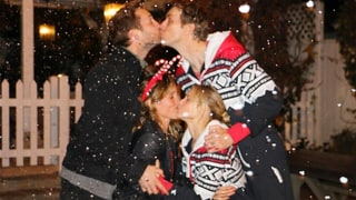 Kristen Bell, Dax Shepard Share Same-Sex Kiss With 'Veronica Mars' Costar Ryan Hansen and His Wife Amy Russell