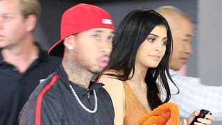 Kylie Jenner Snapchats Chaotic Pop-Up Shop Crowds: 'It's All for You'