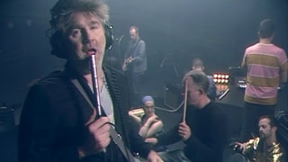 LCD Soundsystem Channel 1980s in 'Tonite' Video