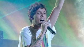 Simon Cowell Remembers Louis Tomlinson's Late Mom After Emotional 'X Factor' Performance: 'She's So Proud'