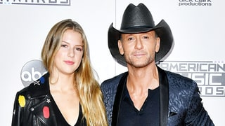 Tim McGraw Brings His Stunning Daughter Maggie, 18, as His Date to the AMAs 2016