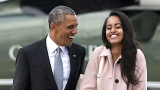 Malia Obama Is '90s-Fab in High-Waisted Jeans While Traveling With Her Dad