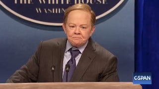 'Saturday Night Live': Melissa McCarthy Hilariously Nails White House's Sean Spicer Impression