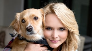 Miranda Lambert Launches Country-Meets-Rock-'n'-Roll Pet Products Line MuttNation