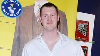 Neil Fingleton Dead: 'Game of Thrones' Star and UK's Tallest Man Dies at 36