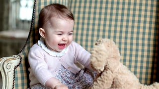 All the Details on Princess Charlotte's 6-Month Picture Clothes