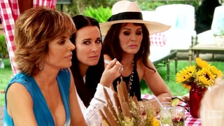 'The Real Housewives of Beverly Hills' Recap: Lisa Rinna Calls Kim Richards a 'F--king Dog,' Yolanda Foster Confronts Her Friends