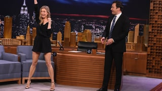 Renee Zellweger Goes From Cheerleader to Heavyweight Wrestler on Jimmy Fallon's 'Tonight Show': Watch the Hilarious Video!