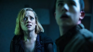 'Don't Breathe' Review: Home-Invasion Thriller Will Scare You Sightless