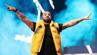 Hear Drake's Simmering New Song 'Signs'