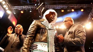 Floyd Mayweather Sets First Public Stipulation for Conor McGregor Fight